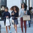 Exclusif - Kimora Lee Simmons et ses filles Ming et Aoki font du shopping à Beverly Hills le 5 février 2014