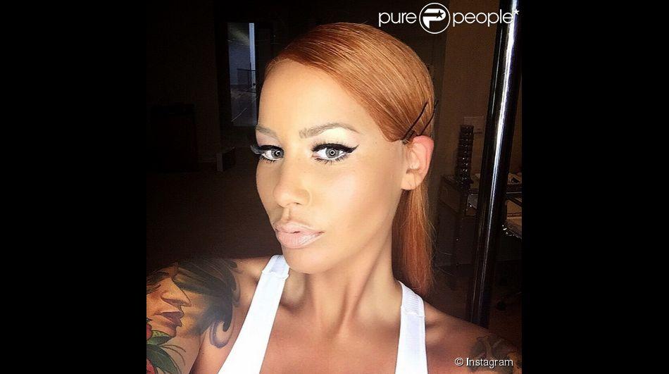 Amber Rose Et Son Crane Rase Les Cheveux Longs Et Roux C Est Aussi
