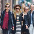 Amber Heard avec sa soeur Whitney et ses amies à New York le 17 avril 2015.