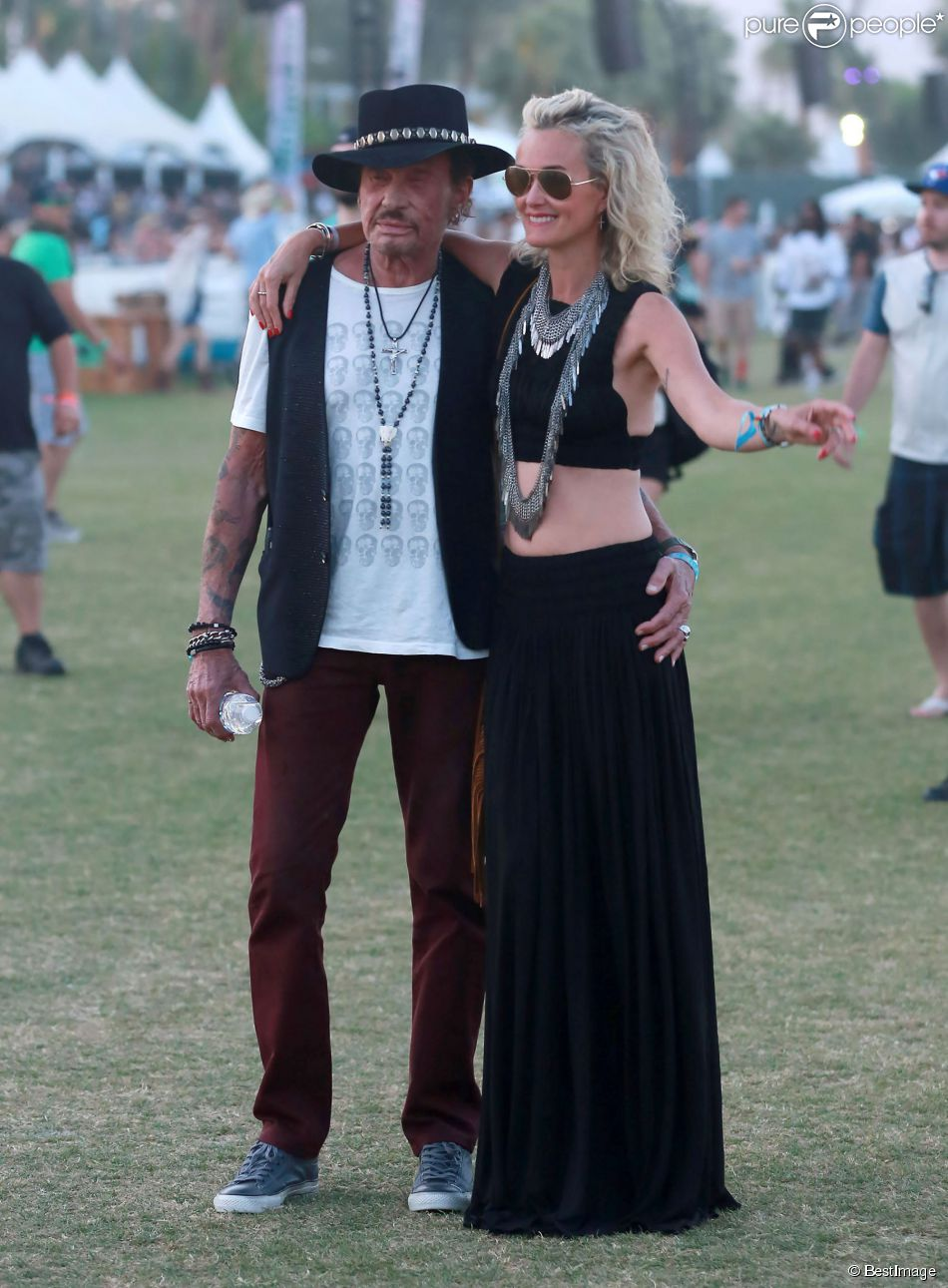 """Johnny et Laeticia Hallyday assistent au 4e jour du Festival de """"Coachella Valley Music and Arts"""" à Indio Le 18 avril 2015"""