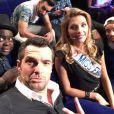 Camille Cerf sur le tournage de l'émission  Vendredi tout est permis  (TF1) avec, entre autre, La Fouine, Arnaud Ducret et Issa Doumbia. Mars 2015.