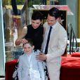 Julianna Margulies avec son mari Keith Lieberthal et leur fils Kieran Lieberthal - Julianna Margulies reçoit son étoile sur le  Walk of Fame  à Hollywood, le 1er mai 2015.