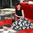 Julianna Margulies reçoit son étoile sur le  Walk of Fame  à Hollywood, le 1er mai 2015.