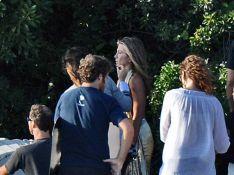 PHOTOS : Jennifer Aniston, mais... cache ce sein !