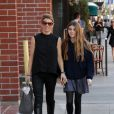 Lori Loughlin se rend dans un salon de manucure avec sa fille Isabella à Beverly Hills, le 27 février 2014