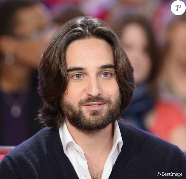 """Dimitri Rassam - Enregistrement de l'émission """"Vivement Dimanche"""" à Paris, le 17 décembre 2014. L'émission est diffusée le 21 décembre 2014."""