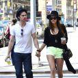 Ian Somerhalder et Nina Dobrev dans les rues de New York, le 13 mai 2012