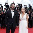 """Emmanuelle Béart et son compagnon Frédéric - Montée des marches du film """"Irrational Man"""" (L'homme irrationnel) lors du 68e Festival International du Film de Cannes, à Cannes le 15 mai 2015."""