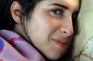 Amy Winehouse : Le documentaire ''Amy'' salué à Cannes, sa famille en colère