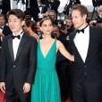 """Hong Won-Chan, Natalie Portman, László Nemes - Montée des marches du film """"Sicario"""" lors du 68e Festival International du Film de Cannes le 19 mai 2015"""