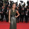"""Alicia Vikander - Montée des marches du film """"Sicario"""" lors du 68e Festival International du Film de Cannes le 19 mai 2015"""
