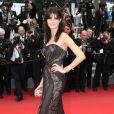 """Isabeli Fontana - Montée des marches du film """"Sicario"""" lors du 68e Festival International du Film de Cannes le 19 mai 2015"""