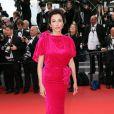"""Aure Atika - Montée des marches du film """"Sicario"""" lors du 68e Festival International du Film de Cannes le 19 mai 2015"""