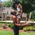 Nick Gorgon a ajouté une photo de sa petite amie Bobbi Kristina sur son compte Twitter, le 23 juillet 2013