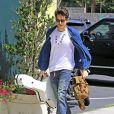 Exclusif - John Mayer se rend à un studio d'enregistrement avec sa guitare à Santa Monica. Le 8 mai 2014