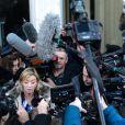 Sabine Khem, l'attachée de presse de Michael Schumacher, s'adresse à la presse le 1er janvier 2014 devant le CHU de Grenoble