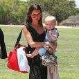 Exclusif - David Arquette se promène en famille avec son épouse Christina McLarty et leur fils Charlie à Malibu, le 24 mai 2015