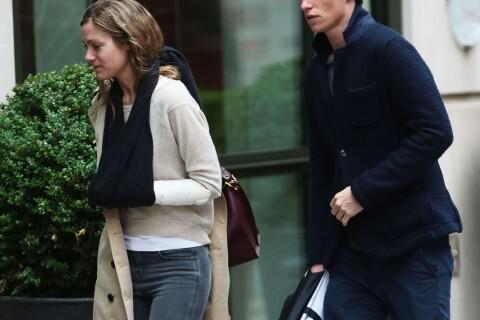 Eddie Redmayne, future star du spin-off Harry Potter, soutient sa femme blessée