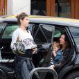 Exclusif - Premières images de Elisabetta Canalis enceinte à Los Angeles le 22 mai 2015.