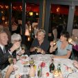 Exclusif - Tony Gomez, Catherine Lara, Muriel Robin, Anne Le Nen et Liane Foly, lors du 70e anniversaire de Catherine Lara au Fouquet's à Paris le 30 mai 2015.