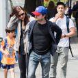 Daniel Radcliffe et sa compagne Erin Darke se promènent à New York, le 5 juin 2015.