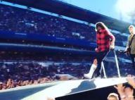 Dave Grohl (Foo Fighters) chute de scène : La jambe cassée, il finit le show !
