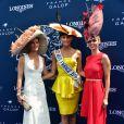 Sophie Thalmann, Camille Cerf et Sylvie Tellier - Prix de Diane Longines à l'hippodrome de Chantilly le 14 juin 2015.