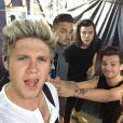 Niall Horan publie une photo des One Direction le 13 juin en concert à Bruxelles.