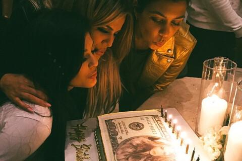 Khloé Kardashian : Comblée pour son anniversaire avec Kourtney et la sexy Kylie