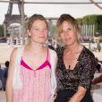 Exclusif - Mélanie Thierry et Virginie Coupérie-Eiffel lors du Paris Eiffel Jumping du Longines Global Champions Tour, le 5 juillet 2015 sur le Champs-de-Mars à Paris