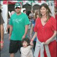 Adam Sandler avec sa femme enceinte Jackie et leur fille Sadie