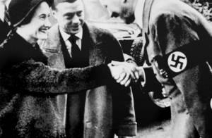 Elizabeth II et son salut nazi : La colère froide du Palais de Buckingham