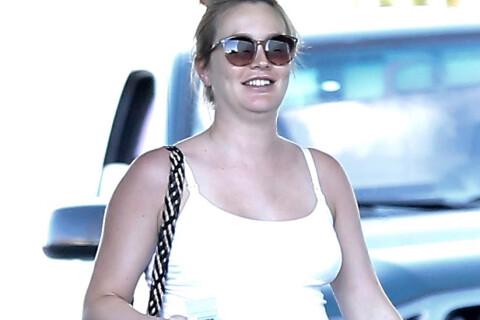 Leighton Meester enceinte : La star, très ronde, lumineuse et épanouie
