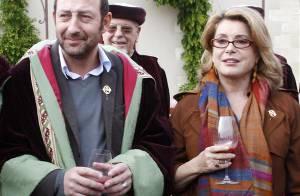 REPORTAGE PHOTOS : Quand Catherine Deneuve et Kad Merad lèvent le coude... ensemble !