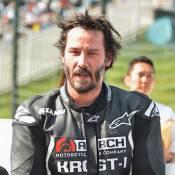 """Keanu Reeves, motard comblé : À 50 ans, la star réalise un rêve """"totalement fou"""""""
