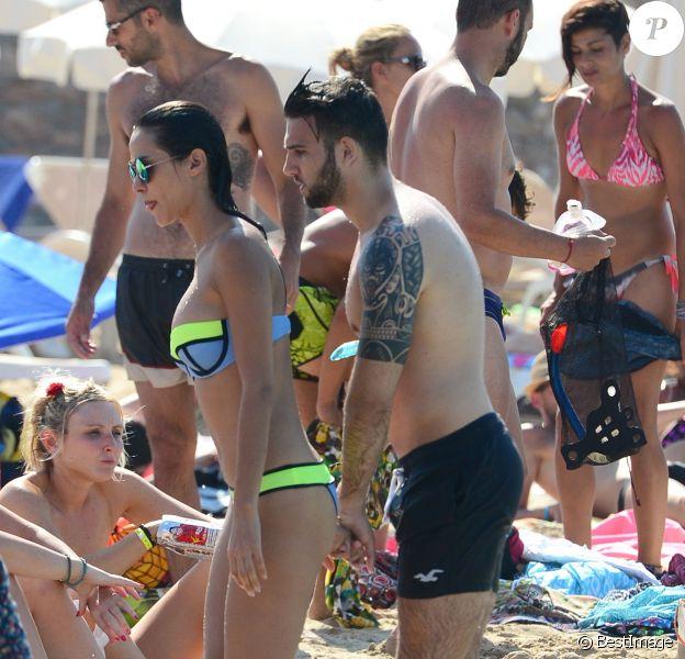 Exclusif - Leila Ben Khalifa (Secret Story 8) et son compagnon Aymeric Bonnery en vacances à Ibiza, en Espagne, le 21 juillet 2015.