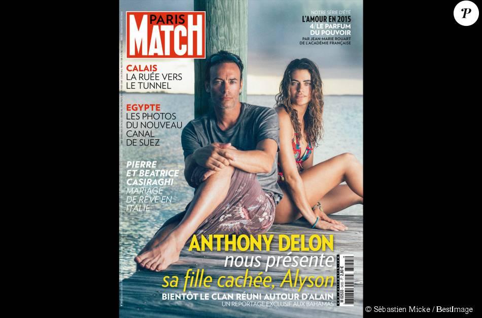 Anthony Delon et sa fille Alyson Le Borges réunis devant l'objectif de Sébastien Micke en couverture de Paris Match, numéro du 6 août 2015