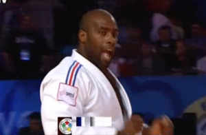 Teddy Riner en or : Le judoka entre dans l'histoire sous les yeux de son fils