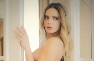Clara Morgane : Sublime en lingerie et divine nue pour son calendrier 2016