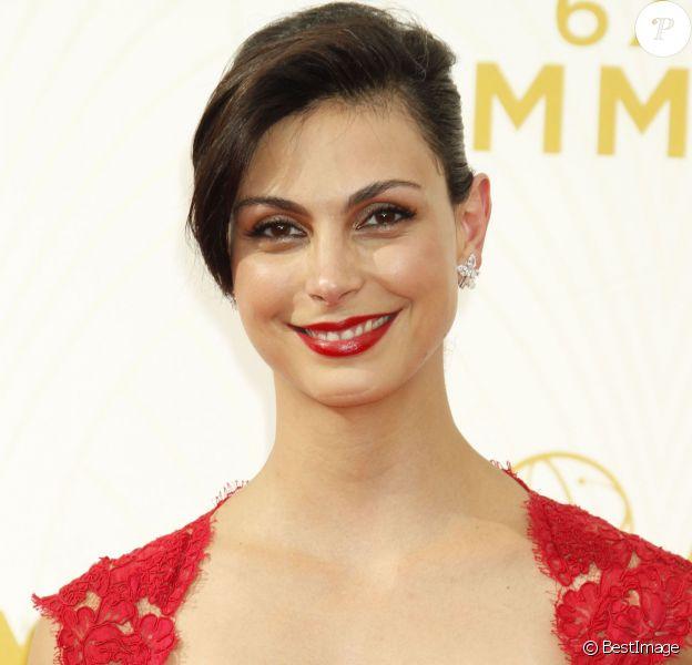Morena Baccarin à la 67e cérémonie des Emmy Awards au Théatre Microsoft de Los Angeles le 20 septembre 2015.