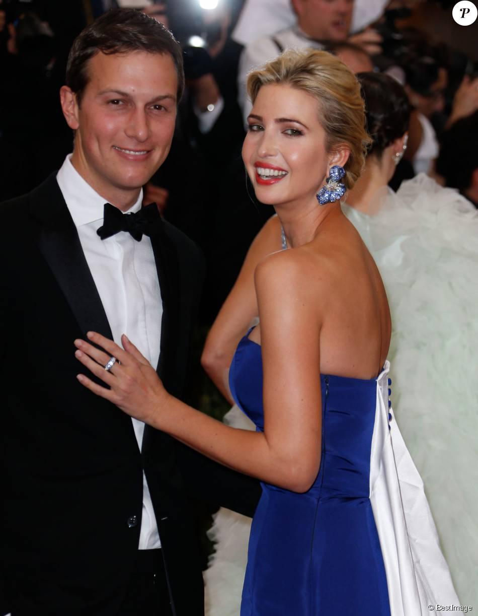Jared Kushner et sa femme Ivanka Trump , Soirée Costume Institute Gala 2015 (Met Ball) au Metropolitan Museum, célébrant louverture de Chine à travers le