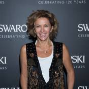 Corinne Touzet : Souriante parmi des top models pour un anniversaire précieux