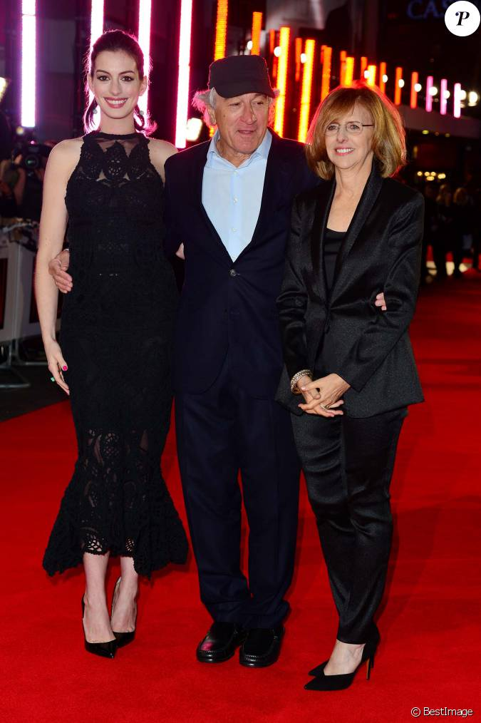 anne hathaway robert de niro et nancy meyers avant premi re du film le nouveau stagiaire. Black Bedroom Furniture Sets. Home Design Ideas