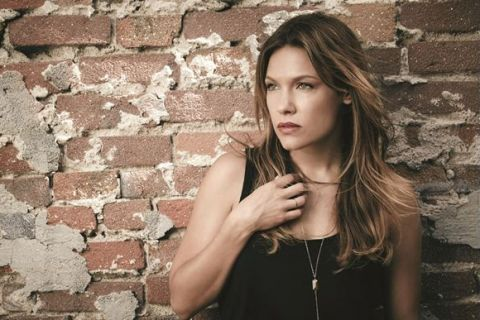 """Kiele Sanchez : La star de """"Lost"""" et """"Kingdom"""" a fait une fausse couche"""