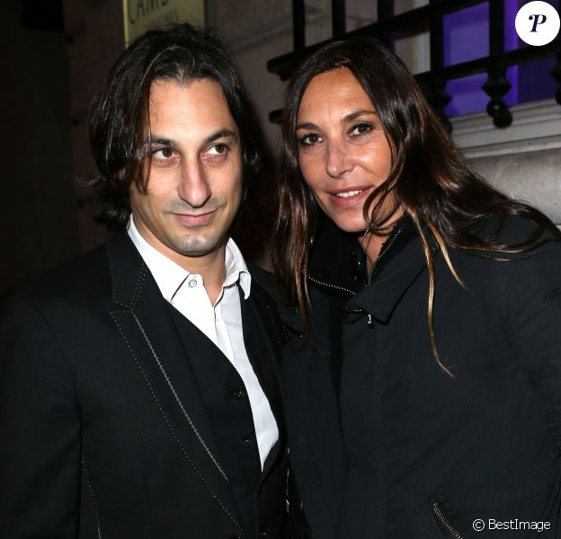 La chanteuse et coach de The Voice, Zazie, et son ex-compagnon Philippe Paradis - Soiree stand up for African Mothers à Paris le 19 novembre 2012.