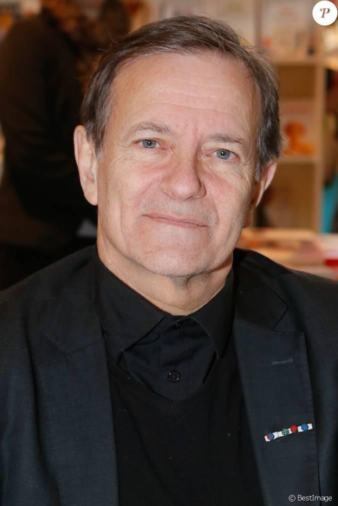 Francis huster 35e salon du livre la porte de versailles paris le 21 mars 2015 - Age de francis huster ...