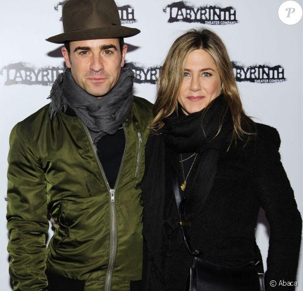 Justin Theroux et Jennifer Aniston à une soirée Celebrity Charades à New York le 16 novembre 2015.