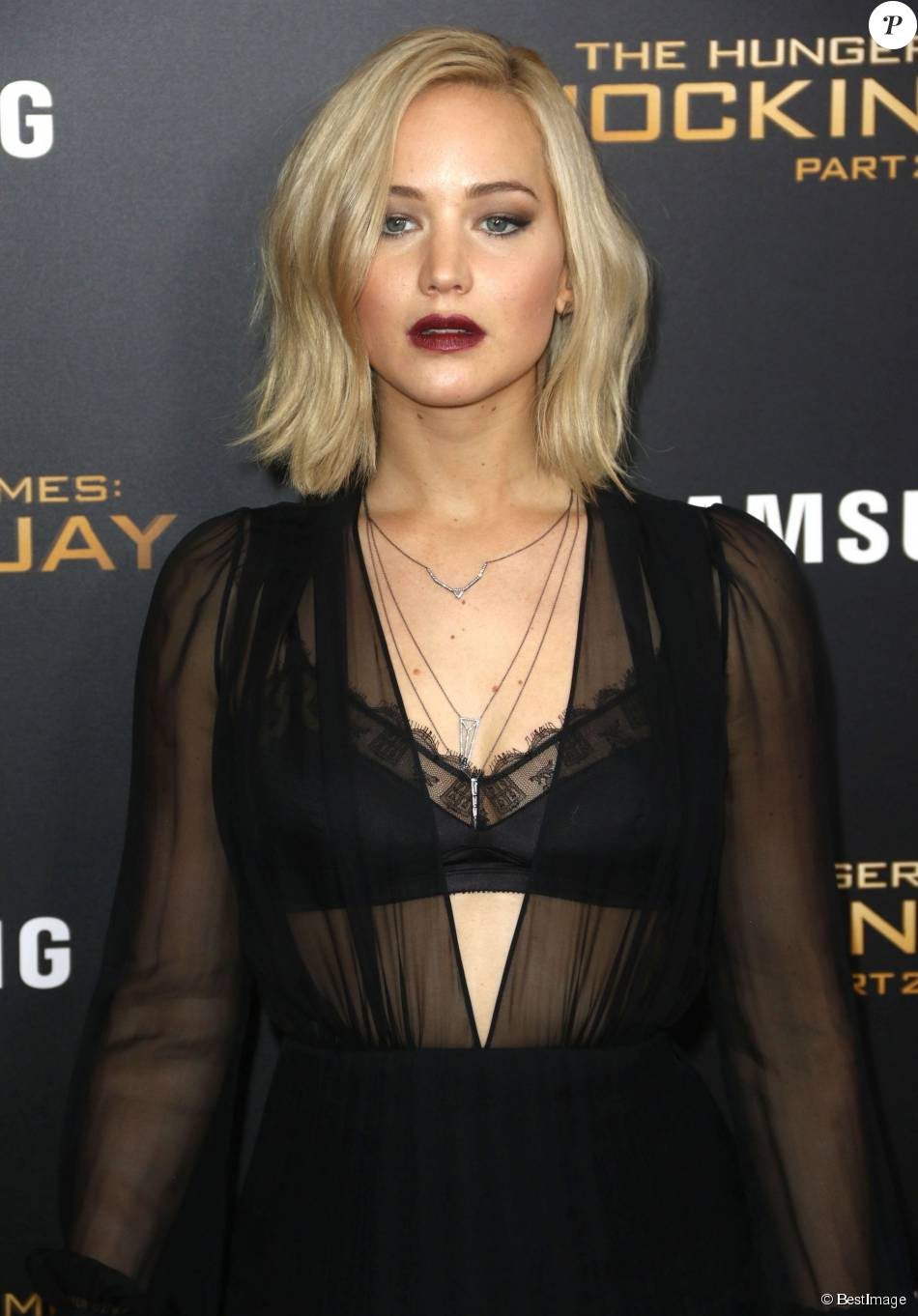 Jennifer Lawrence (rob...