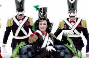 Katy Perry fée sexy pour Noël : Un clip magique pour une collection très mode