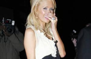 REPORTAGE PHOTOS : Paris Hilton, c'est quoi cette bague ?